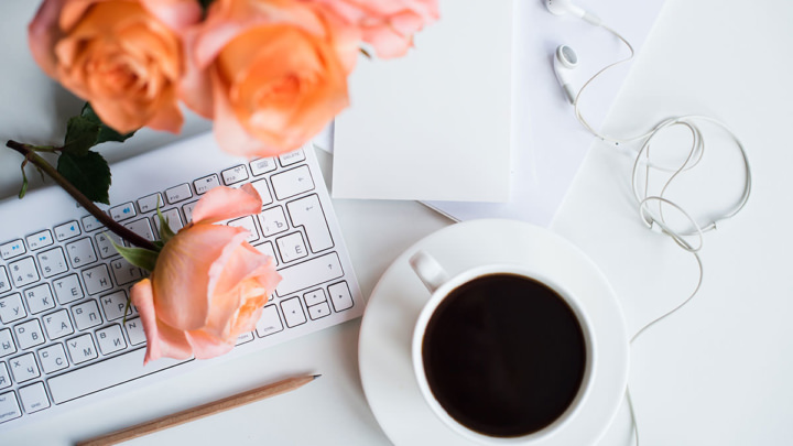 22 Side Business Ideas to Make Money as a Stay at Home Mom