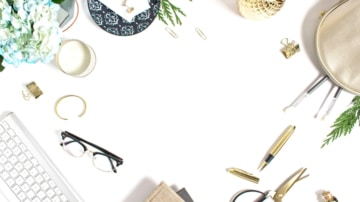 Want to Work From Home as a Mom Blogger But No Clue How to Start? – The Ultimate Guide