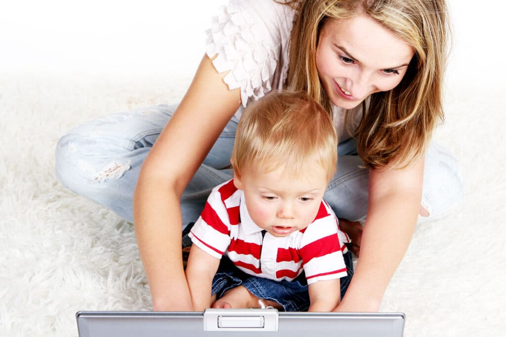 Blogging Jobs Moms Can Do Easily