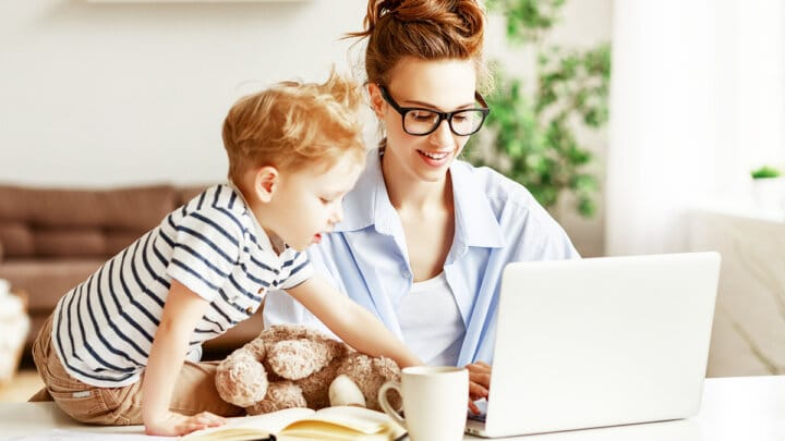 47 Easy Ways to Find Freelance Writing Jobs if You're a Mom