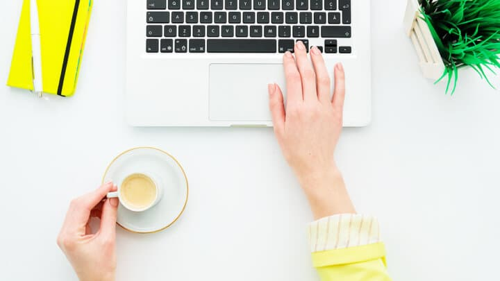 8 Simple Coding Hacks to Spruce Up Your Mommy Blog